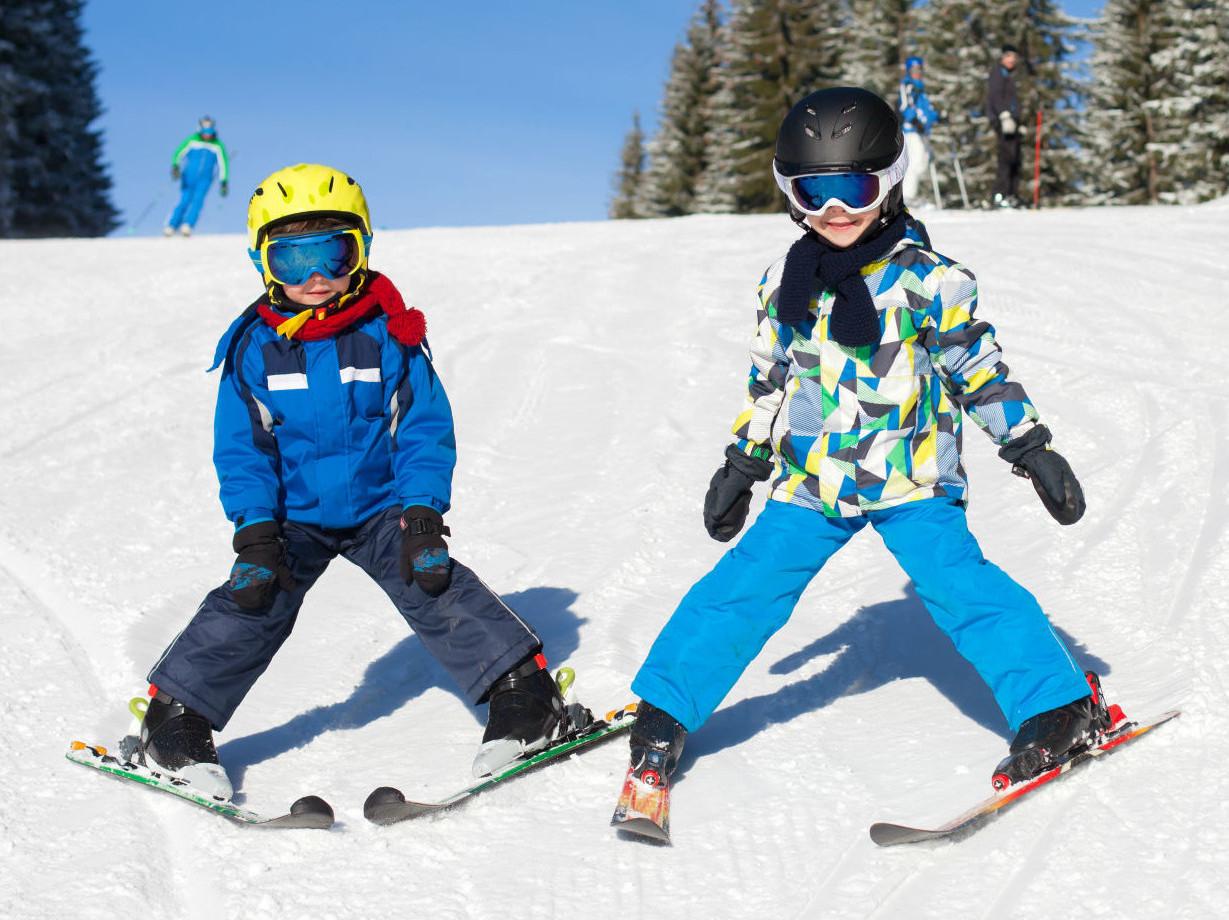 Milano Skilab noleggio sci bambino